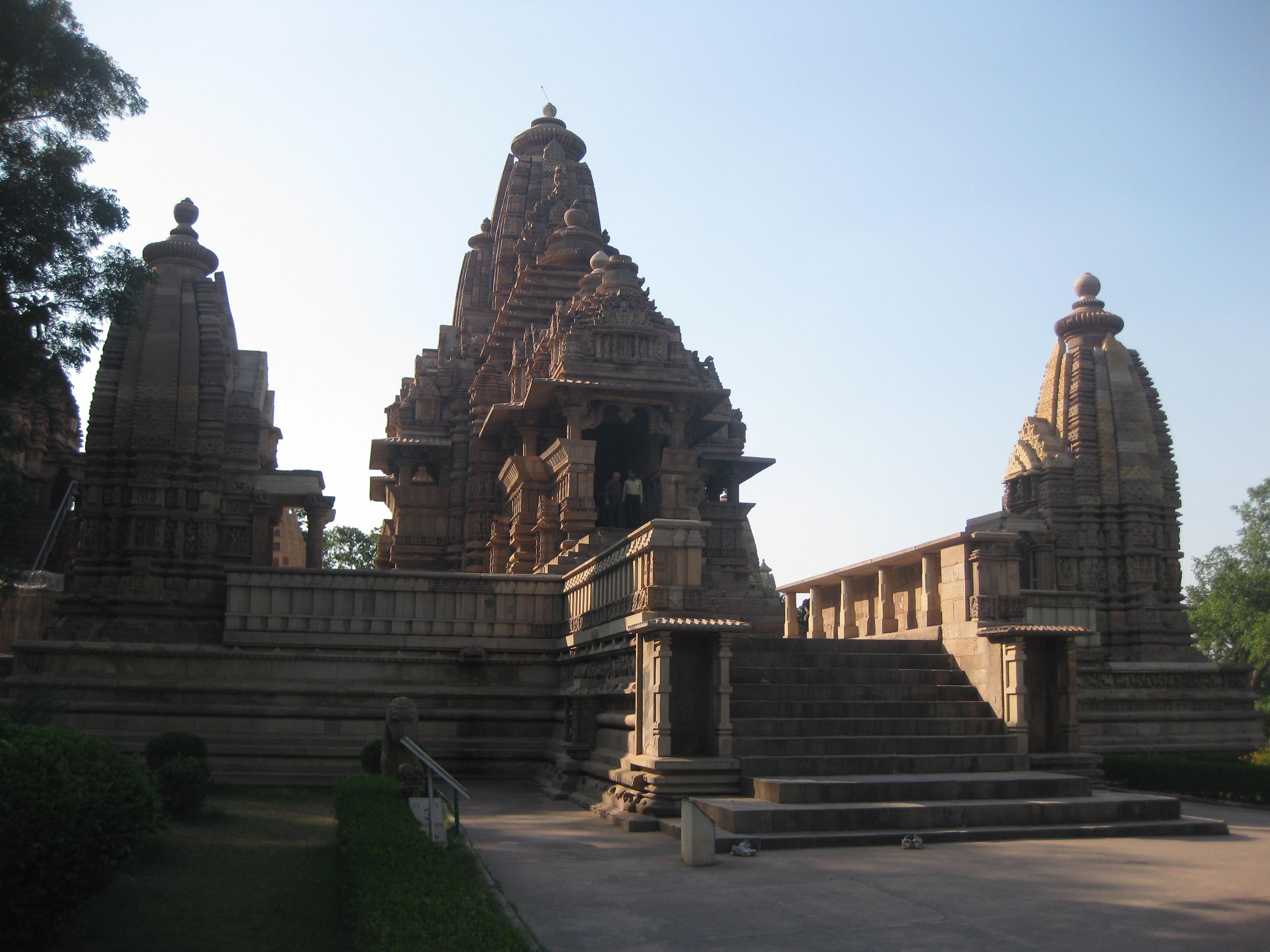 Храмы Каджурахо с 1000-летней историей, Индия.