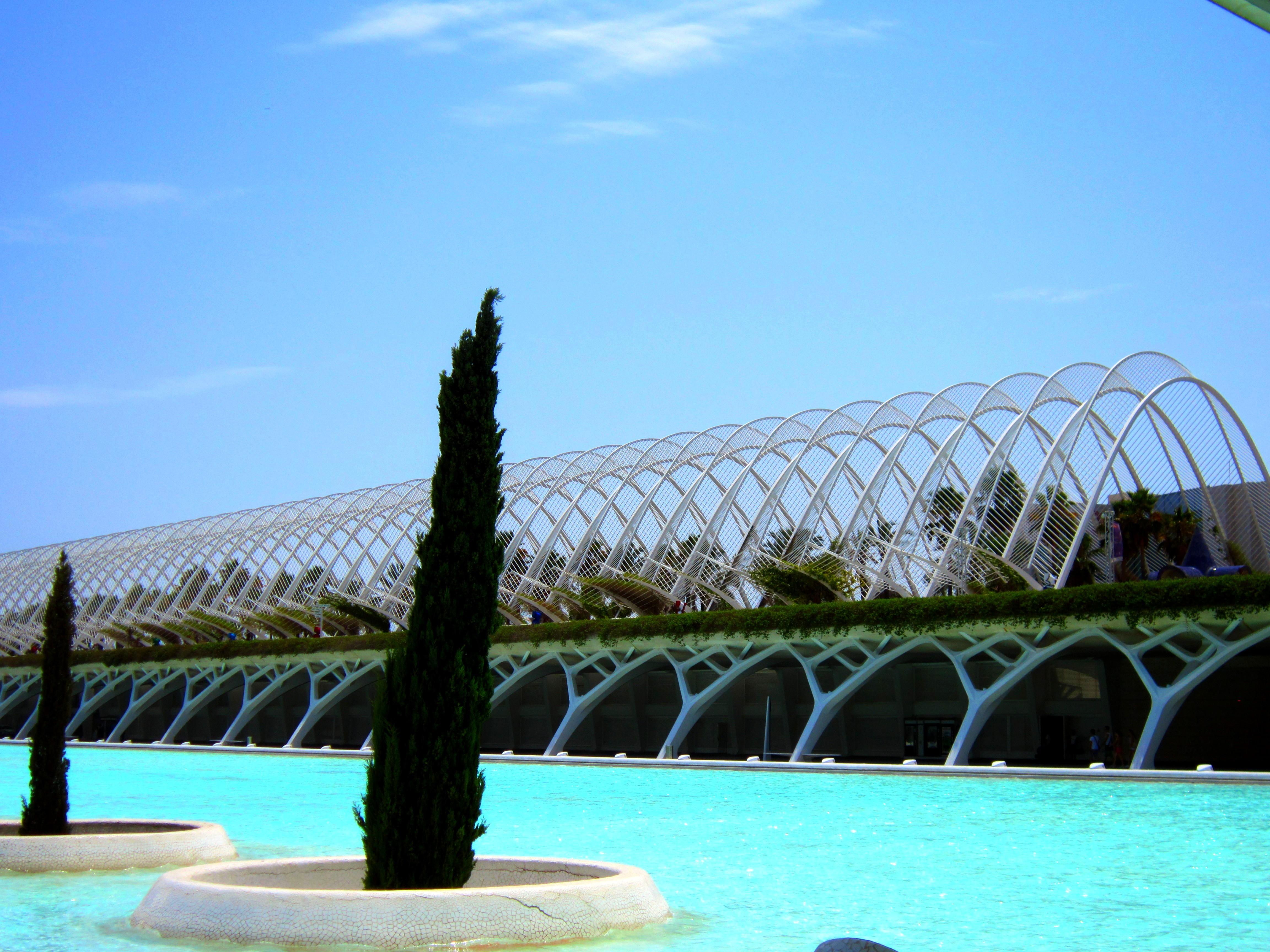 Галерея-оранжерея - парково-выставочный комплекс