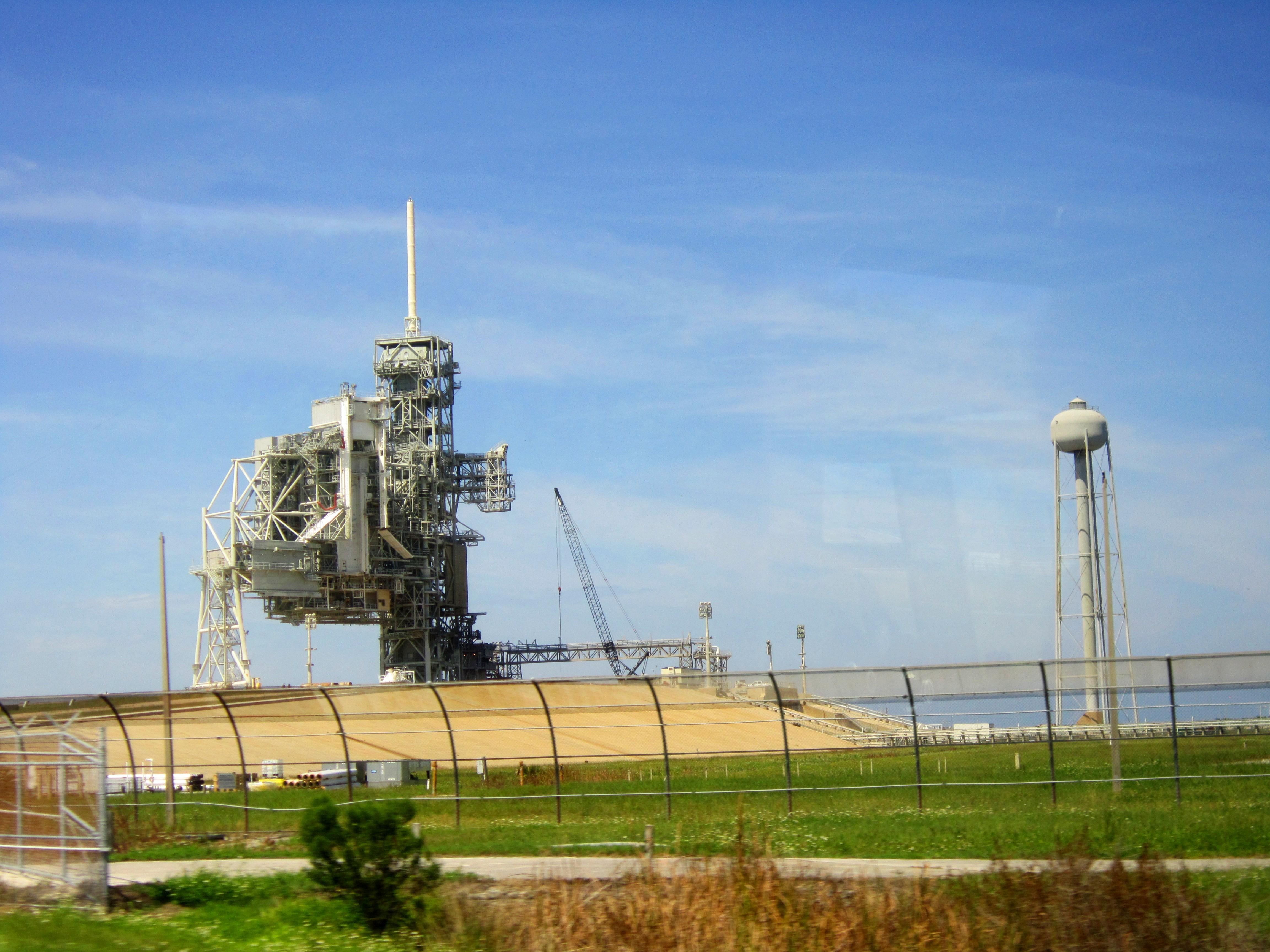 Стартовая площадка космодрома на мысе Канаверал